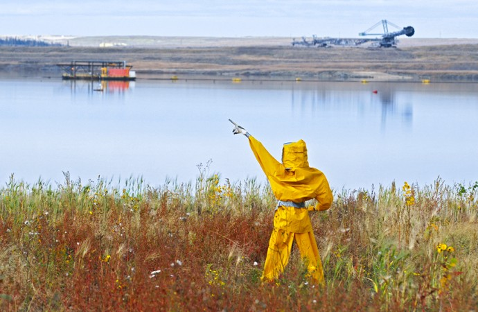 Federal study confirms oilsands tailings leaching into Athabasca