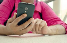 Doctors: Teens' compulsive texting can cause neck injury