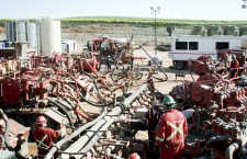 Industry ministry extends consultation period on new fracking policy into next Assembly